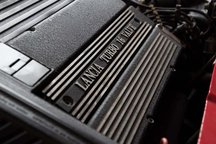 1989 Lancia Delta HF Integrale 16v 23