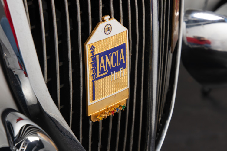 1955 Lancia Aurelia B24 S  11