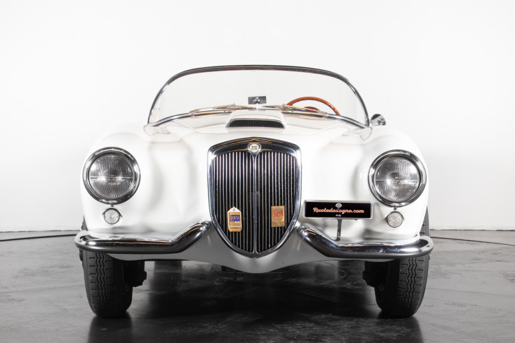 1955 Lancia Aurelia B24 S  8
