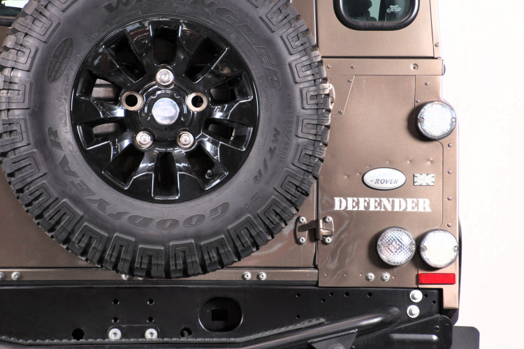"2013 Land Rover DEFENDER ""limited edition"" 5"