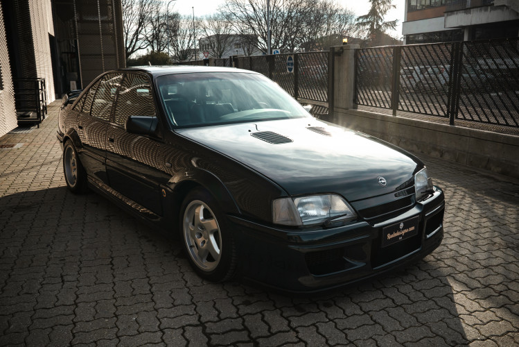 1991 Lotus Opel Omega  0