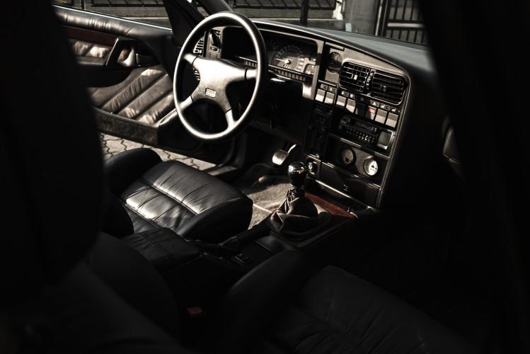 1991 Lotus Opel Omega  18