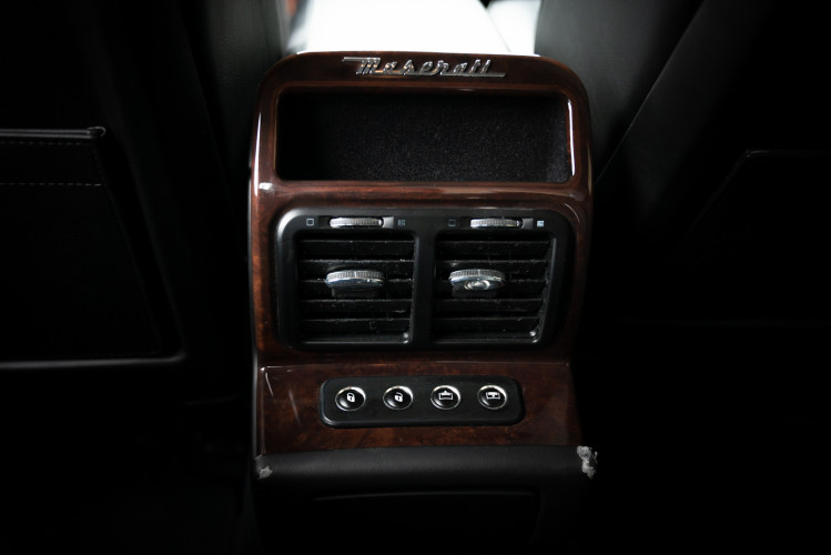 2004 Maserati Quattroporte 27