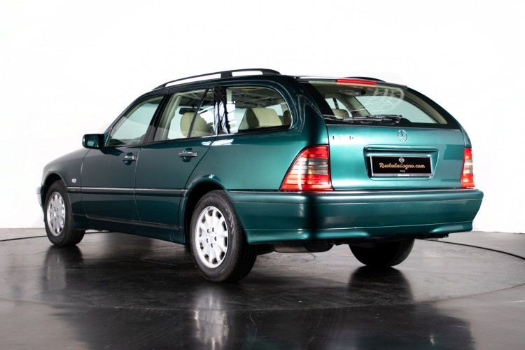 1998 Mercedes-Benz C240 SW 2