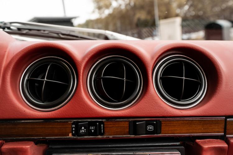 1977 Mercedes-Benz SL 450 26