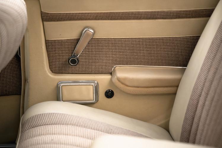 1972 Mercedes-Benz 350 SLC 28