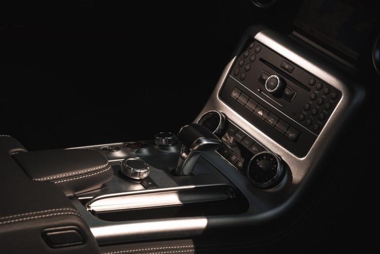 2010 Mercedes-Benz SLS AMG 31