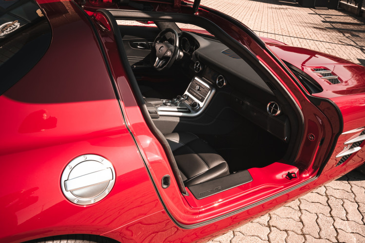 2010 Mercedes-Benz SLS AMG 15