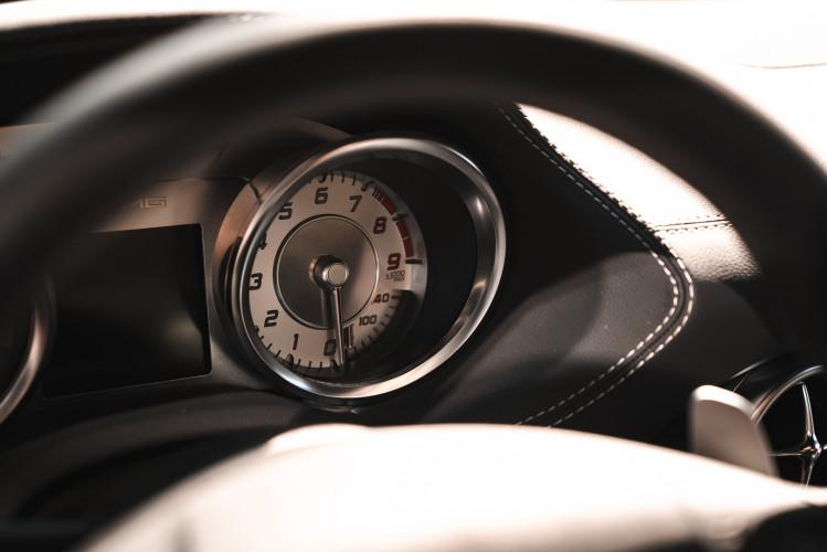 2010 Mercedes-Benz SLS AMG 40