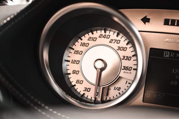 2010 Mercedes-Benz SLS AMG 39