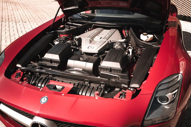 2010 Mercedes-Benz SLS AMG 16