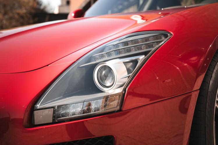 2010 Mercedes-Benz SLS AMG 13