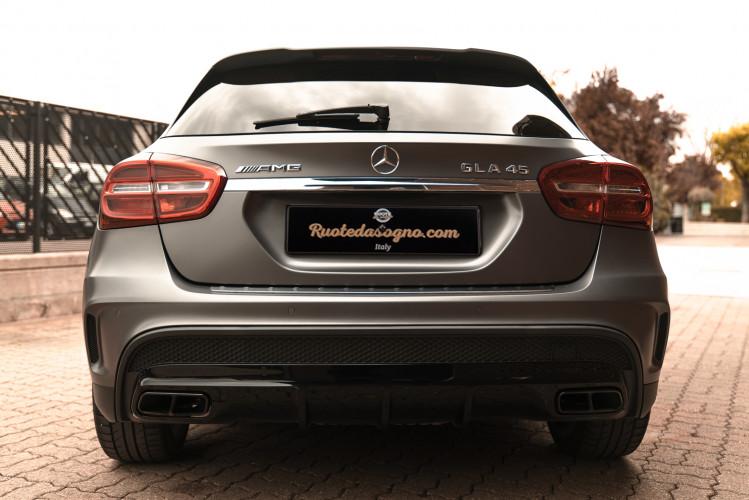 2015 Mercedes-Benz GLA AMG 45 6