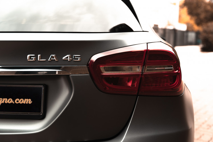 2015 Mercedes-Benz GLA AMG 45 9