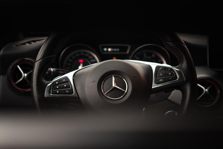 2015 Mercedes-Benz GLA AMG 45 24