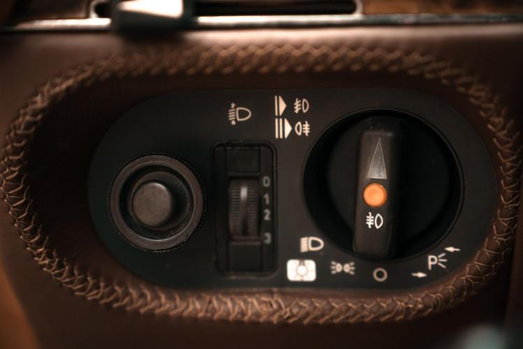 1986 Mercedes-Benz SL 300 26