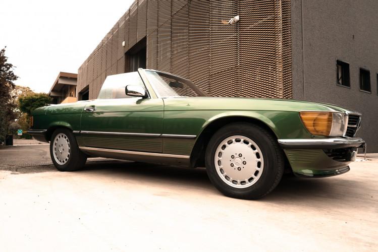 1986 Mercedes-Benz SL 300 10
