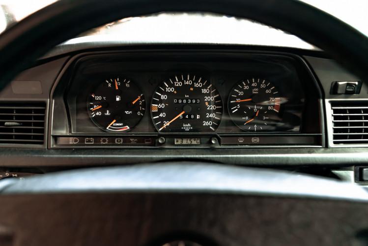 1985 Mercedes-Benz 190E 2.3-16 20