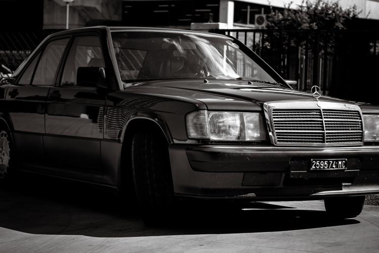 1985 Mercedes-Benz 190E 2.3-16 37