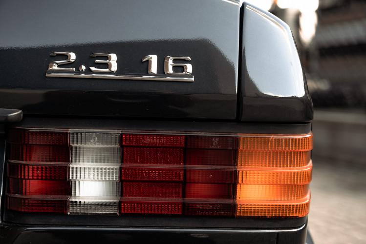 1985 Mercedes-Benz 190E 2.3-16 9