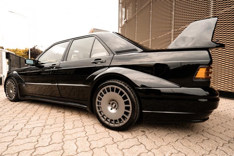 1985 Mercedes-Benz 190E 2.3-16 7