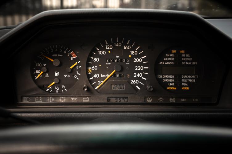 1992 Mercedes-Benz 500 E 15