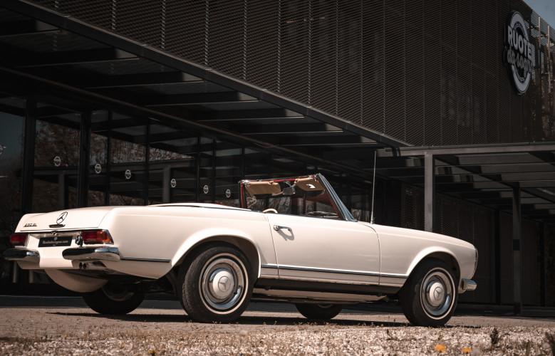 1966 Mercedes-Benz SL 230 Pagoda 5