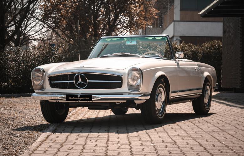 1966 Mercedes-Benz SL 230 Pagoda 1