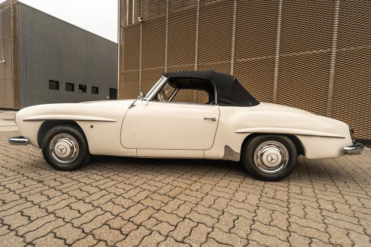 1958 Mercedes-Benz 190 SL 4