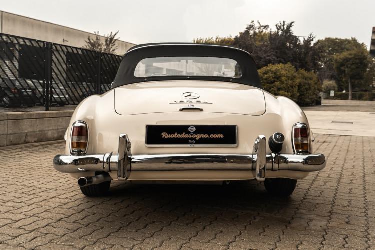 1958 Mercedes-Benz 190 SL 5