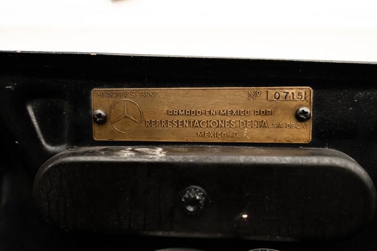 1958 Mercedes-Benz 190 SL 37