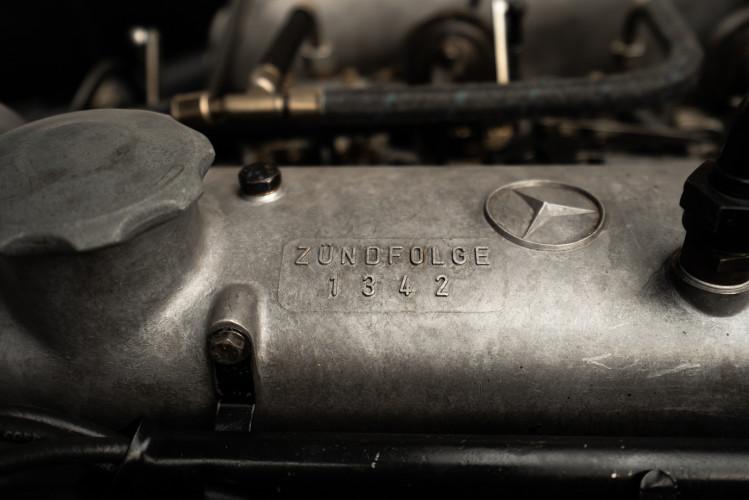 1958 Mercedes-Benz 190 SL 39