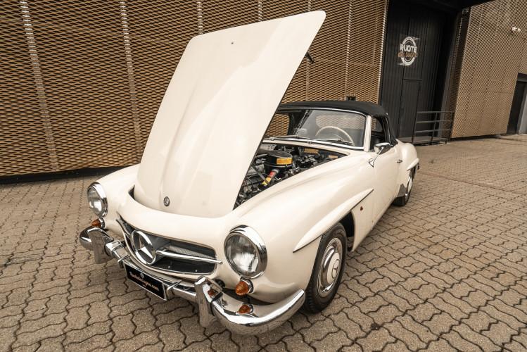 1958 Mercedes-Benz 190 SL 41