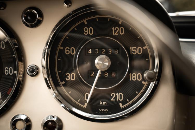 1958 Mercedes-Benz 190 SL 27
