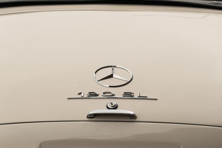 1958 Mercedes-Benz 190 SL 16