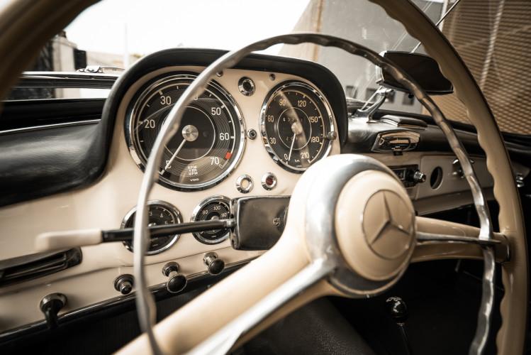 1958 Mercedes-Benz 190 SL 31