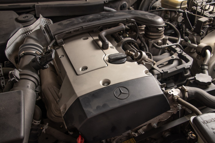 2000 Mercedes-Benz SLK 32