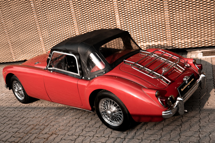 1961 MG A SPIDER 1600 6