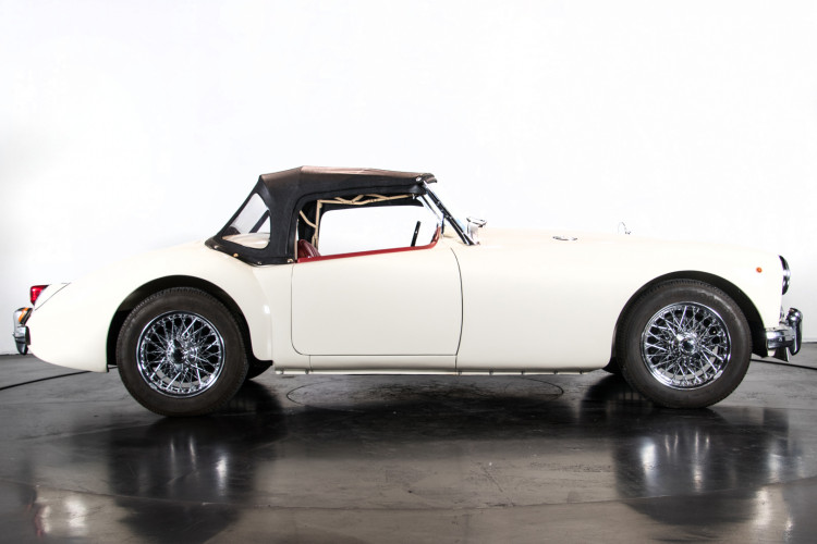 1956 MG A 5