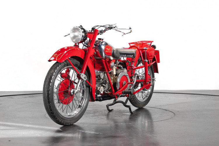 1948 Moto Guzzi Astore 1
