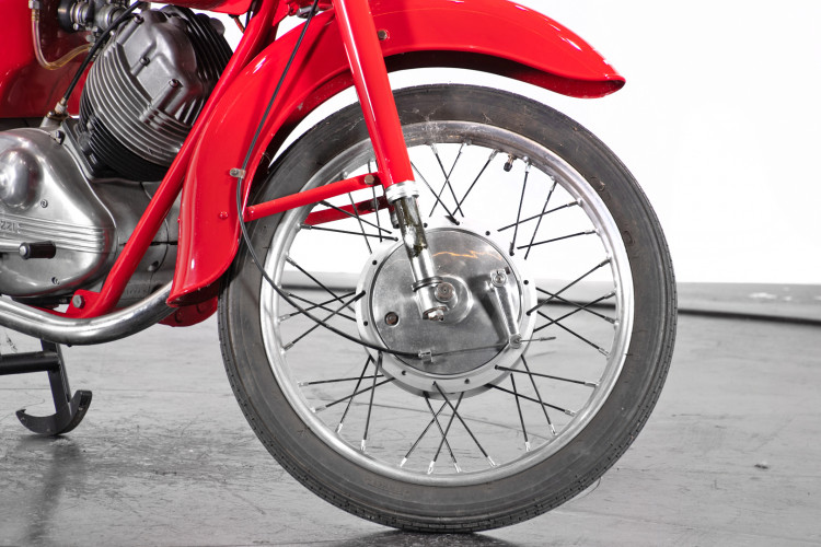 1959 Moto Guzzi Lodola 235 GT 7
