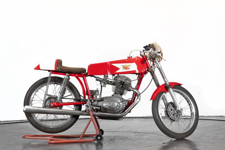 1963 Moto Morini 175 3