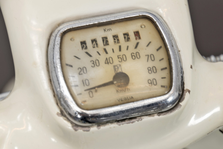 1956 Piaggio Vespa Struzzo 12