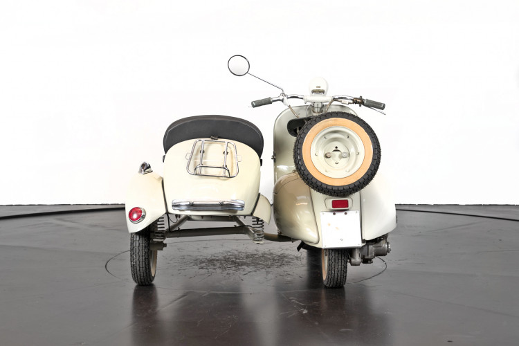 1955 Piaggio Vespa Struzzo Sidecar 3