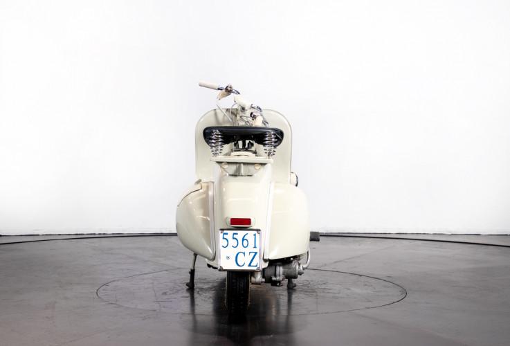 1953 Piaggio Vespa 125  6