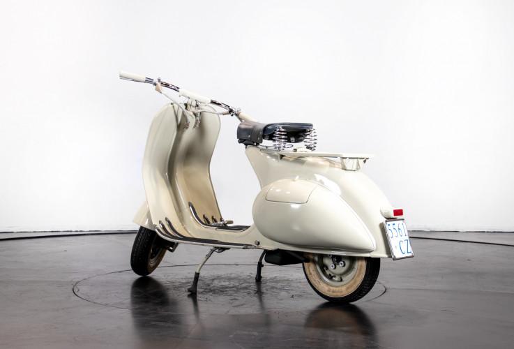 1953 Piaggio Vespa 125  7