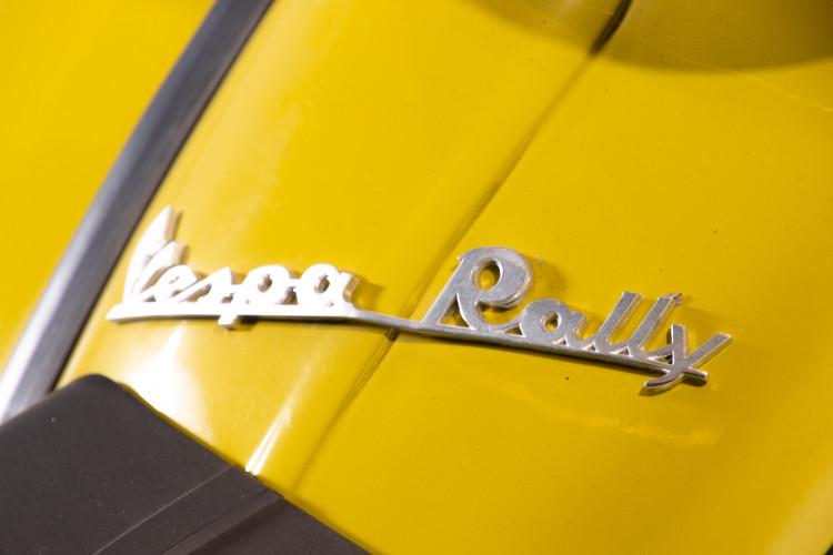 1971 Piaggio Vespa 180 Rally 7