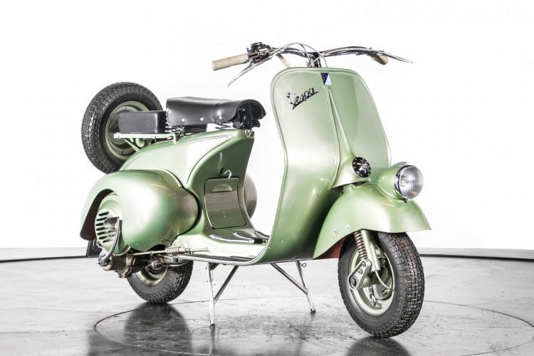 1949 Piaggio Vespa Bacchetta 4