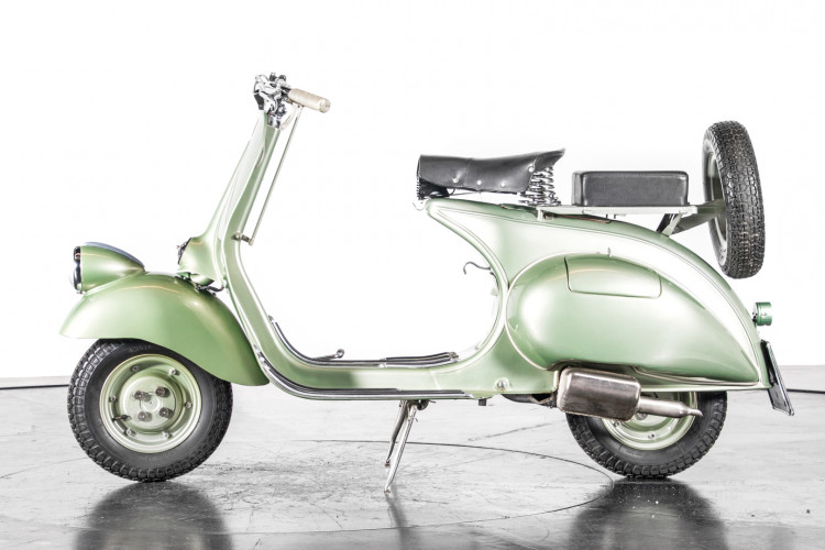 1949 Piaggio Vespa Bacchetta 0