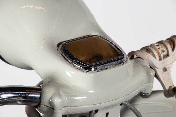 1956 Piaggio Vespa Struzzo 150 10